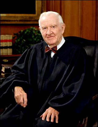 John_Paul_Stevens,_SCOTUS_photo_portrait